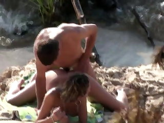 Beach spy cam passionate fuck video
