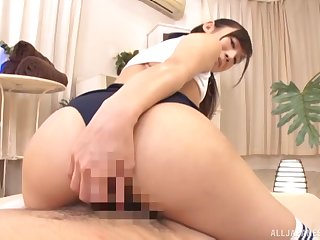 Japanese girlfriend Hoshina Ai in all directions a perfect butt rides a dick