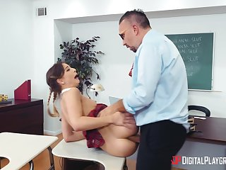 Full sex for the shrunken schoolgirl during anal with the school